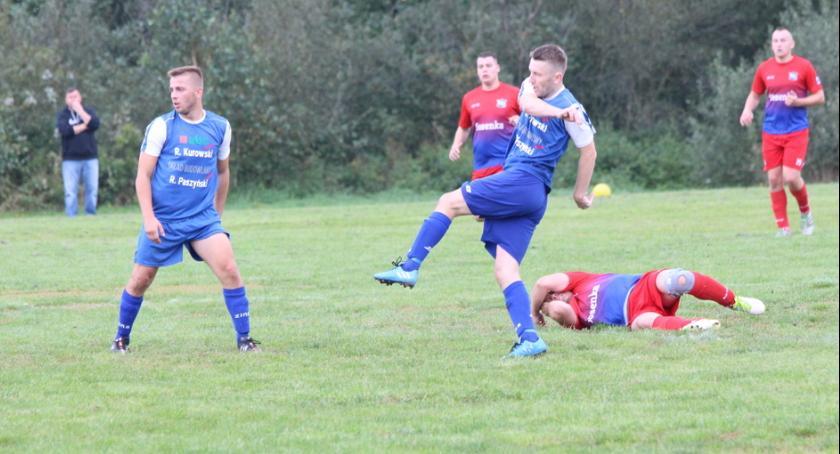 Piłka nożna, Pechowa porażka Wichra - zdjęcie, fotografia