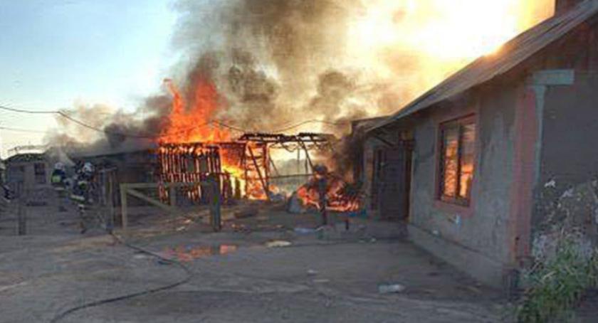 Pożary, Pożar Tłuchowie trzeba zburzyć potrzebna pomoc - zdjęcie, fotografia